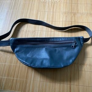 Fanny Pack leather navy